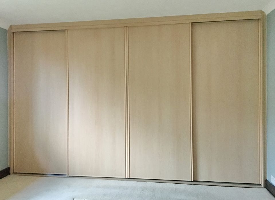 SLIDING DOORS CLOSETS